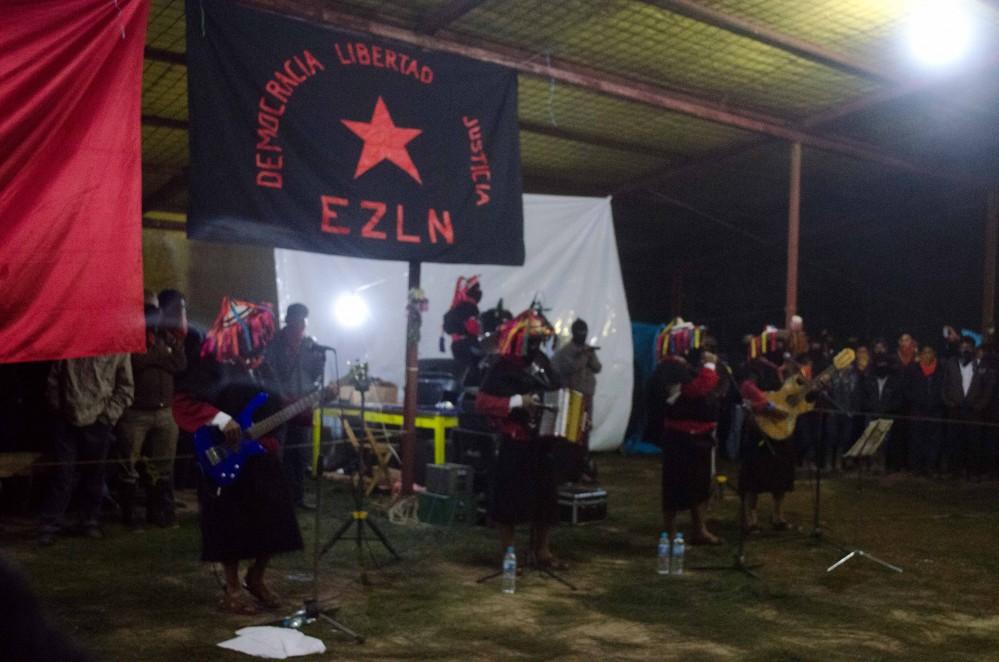 Los Originarios de San Andrés en el 20 aniversario, Oventik. Foto: Andalucía Knoll