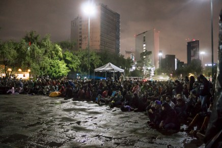 Documental sobre los huicholes concluye gira de estreno mundial con proyección al aire libre en DF