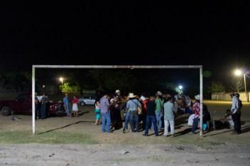 A las 5 de la madrugada terminó el fandango realizado en la vecina comunidad de Aguacatepec, al cual asistieron los seminaristas