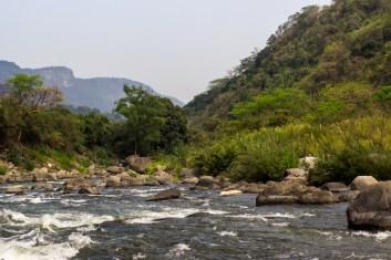 La cuenca de La Antigua esta protegida por una ley de veda instaurada en 1935, más decretos estatales y federales que prohíben cualquier tipo de construcción en el cauce del río.