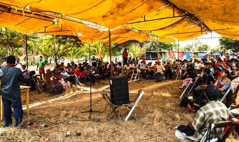 Asamblea contra comunidades y organizaciones afectadas por el parque eólico de la empresa Fenosa. Fotografía: Santiago Navarro F.