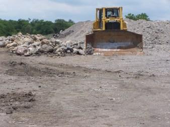 El contrato comprende el uso de 10 metros de ancho para la instalación del ducto, aunque ya se tomaron 25 metros sobre los terrenos que lo aprobaron.