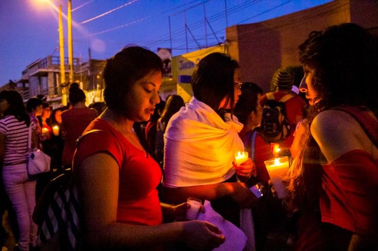Marcha por desaparecidos de Ayotzinapa en Morelia - Alejandro Amado (25)