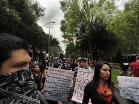 La marcha alterna inició en el Casco de Santo Tomás, una sede del IPN que fue ícono de la lucha de estudiantes de 1968.