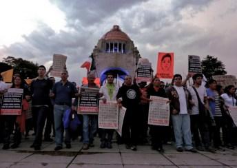 Unidos por Ayotzinapa