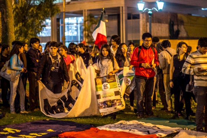 Peru_AccionGlobalAyotzinapa-3