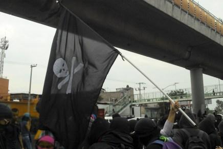 Bloque negro, el contingente incómodo de las manifestaciones