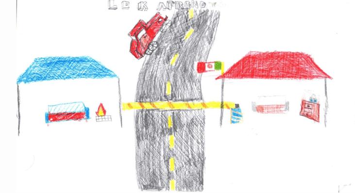 La f1, barricada de Cherán dibujos de los niñ@s. Fotografía: Jurhamuti J. Velázquez