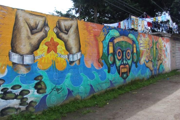 Mural alusivo a lxs presxs políticxs de  Tlanixco. Fotografía: COACS