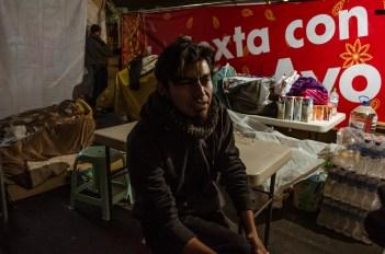 Fernando del CNI, solidario se suma al ayuno. Fotografía: José Luis Santillán