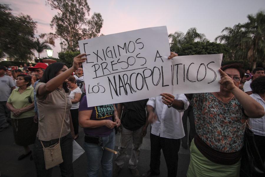 Protestas de la sociedad de Apatzingán, Michoacán. Agosto 2014. Fotografía: Heriberto Paredes