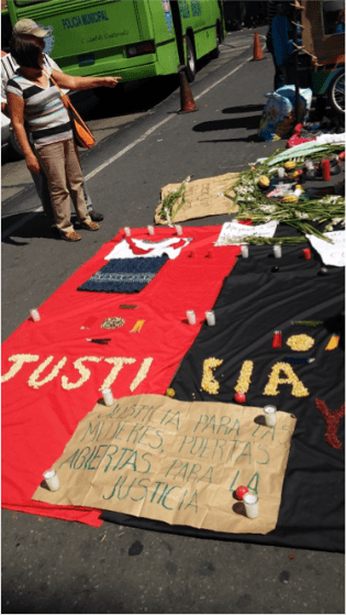 Solidaridad mostrada por organizaciones indígenas y de derechos humanos con las víctimas de Sepur Zarco, lunes 1 de febrero 2015. Fotografía: Verdad y Justicia en Guatemala