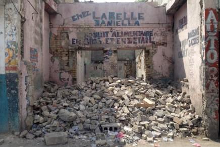 Capitalismo del desastre y ocupación humanitaria en Haití