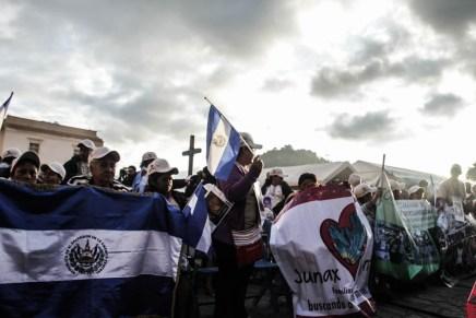 «Queremos puentes, no muros». Llega a México la XII Caravana de Madres en busca de sus hijxs desaparecidxs.