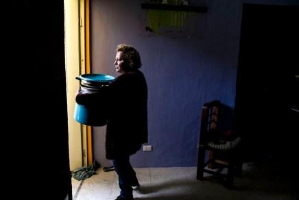 Fiscalía ambiental desaloja 33 familias en Mixcoac con el pretexto del sismo