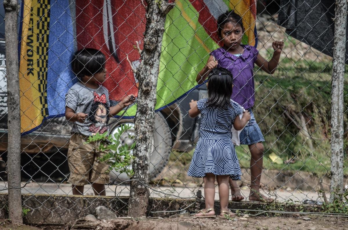 Niños indígenas de la Selva Chinateca, municipio de Santiago Jocotepec. Fotografía: José Luis Santillán
