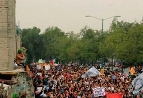 Ya despertamos, no nos podrán parar / María Esparza Los contingentes coreaban a una misma voz un Goya que se hizo escuchar por toda Ciudad Universitaria.