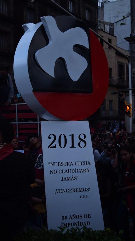 Memorial se instala en la Plaza del Zócalo Foto por Ita Ramirez