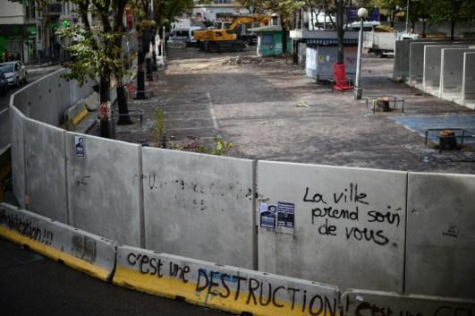 31 oct. 2018. La Plana contra La Soleam, día 21. El muro en La Plana.