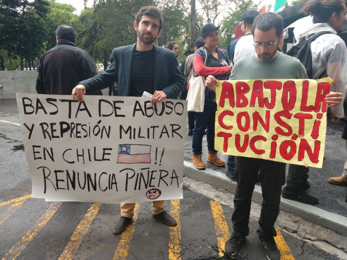 21.10.19 embajada chilena CDMX.