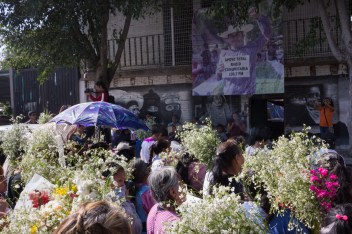 La marcha del 20 de febrero de 2020 llega a la Radio Comunitaria Amiltzinko, segunda casa de Samir. Foto por Regina López.