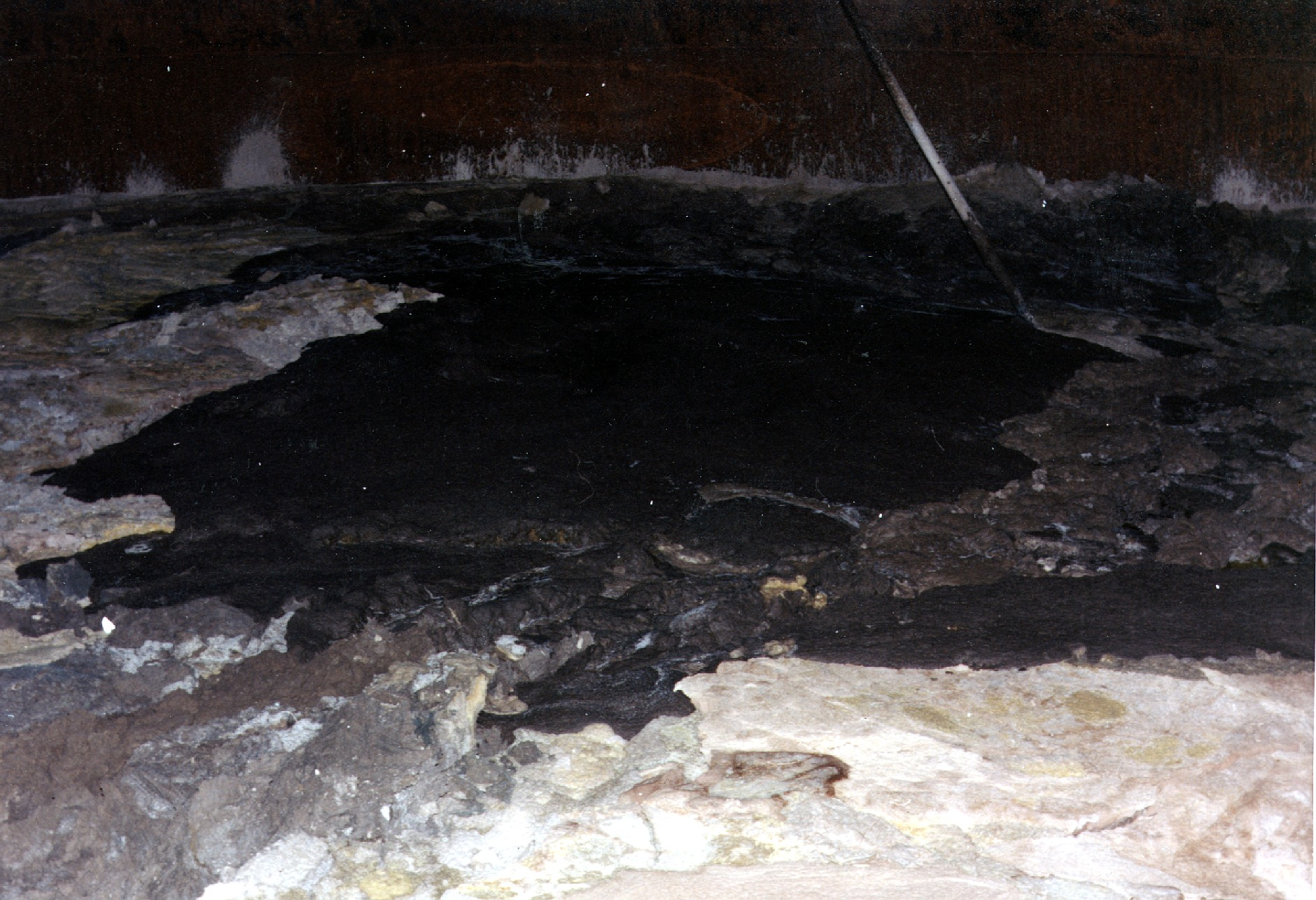 Hanford_site_tank_interior