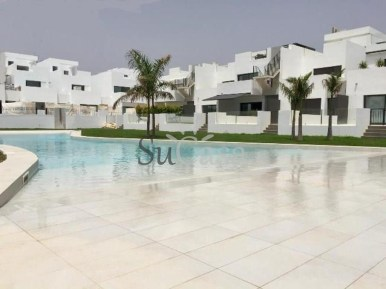 webb piscina
