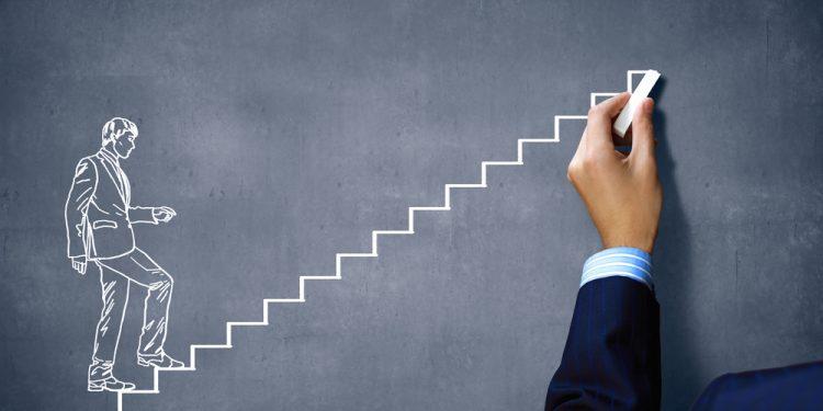 Улучшенная стратегия «Лесенка». Как заработать? Схема