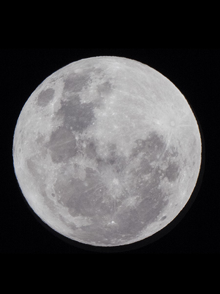 800mm moon capture