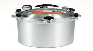 #3. All American (921 21-1/2) Quart Pressure Cooker