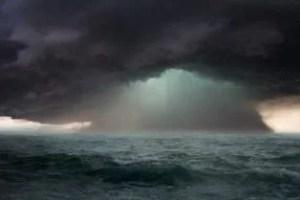 storm-4501645_640