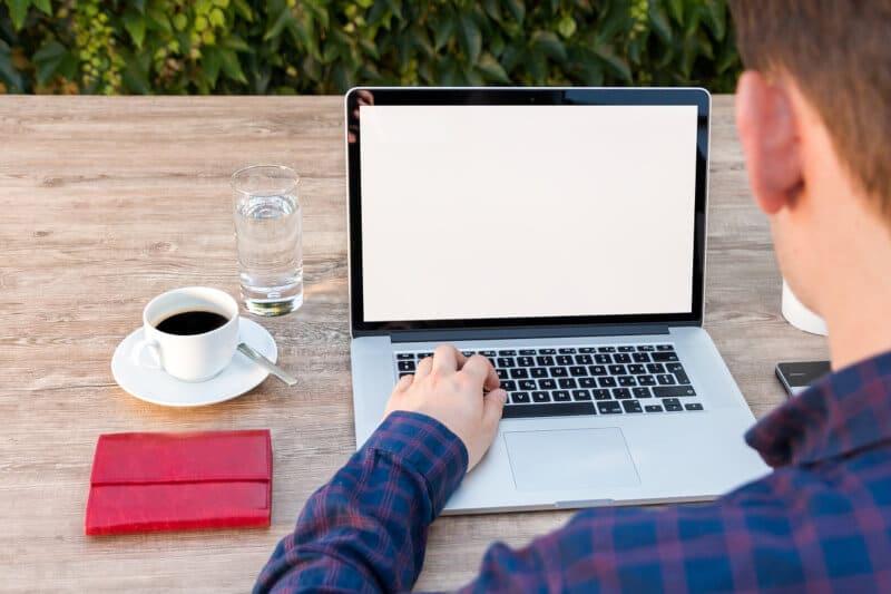 Trabalhe em casa como redator profissional.