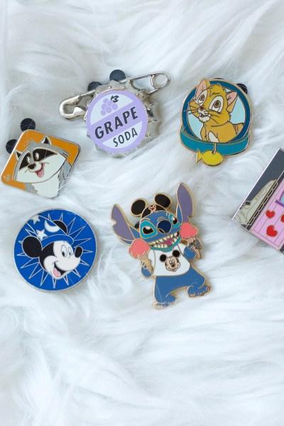 Free Disney Souvenirs and pins at Walt Disney World.