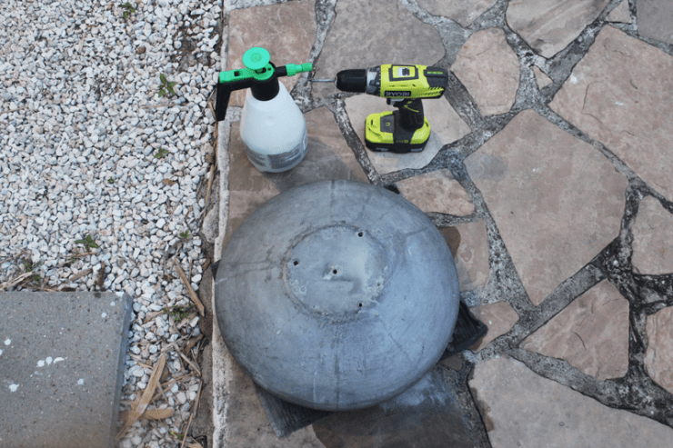 Photo: Drilling a pot for drainage is very easy with the right tools