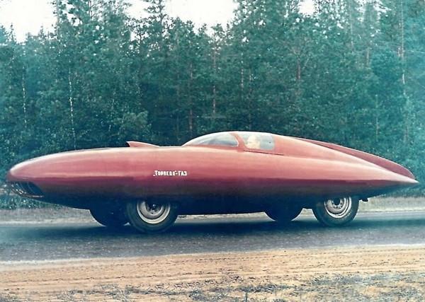 Названы 10 советских автомобилей, которые так и не ...
