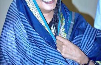 """Photo of بالصور.. الفنانة السودانية """"نانسي عجاج"""" بالزي التقليدي لأهل كسلا تجسيداً للتعايش السلمي"""