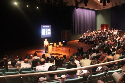 IMG_9799_Nathan speaking crowd