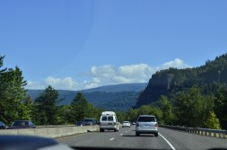 Parasailing Oregon's Columbia River Gorge (1)