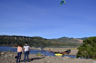 Parasailing Oregon's Columbia River Gorge (11)