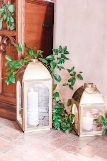 Gold Lanterns 1