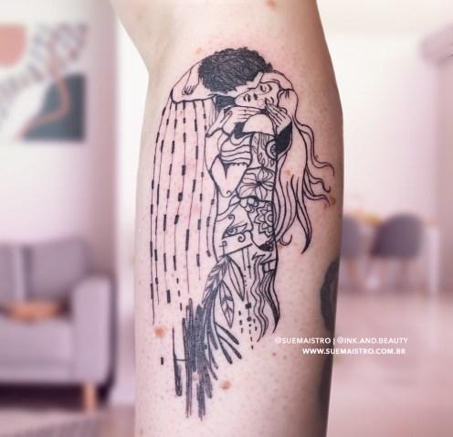 Tatuagem_de_Casal_O_Beijo_Klimt_SueMaistro
