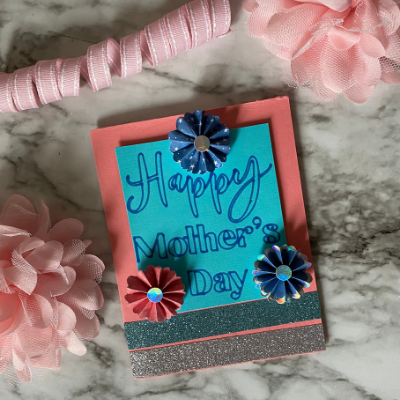 A pretty card to make for Mom's Day.