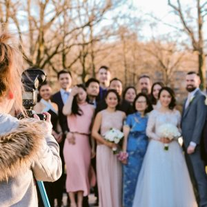 bronx-botanical-gardens-behind-the-scenes-wedding-group-photo-suessmoments