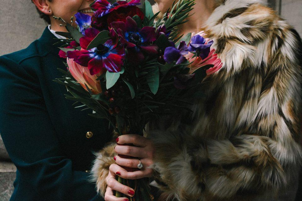 moody-ring-shot-wedding-photo-suessmoments