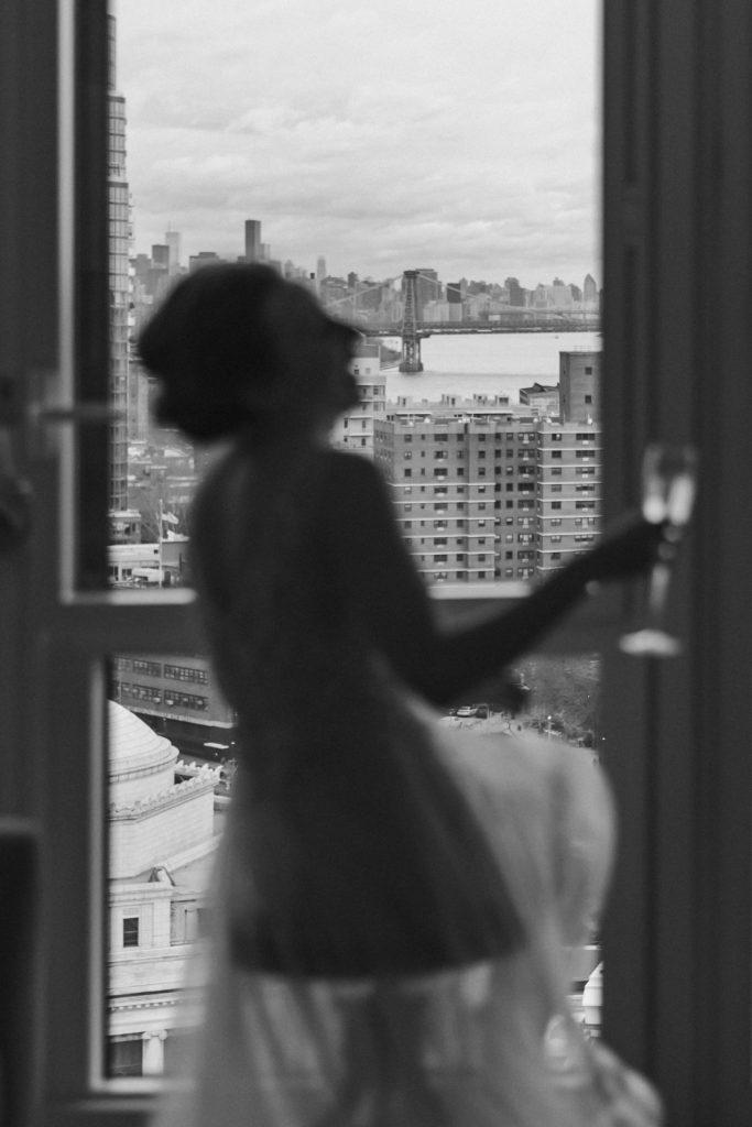 brooklyn-views-wedding-day-bride-blur-suessmoments