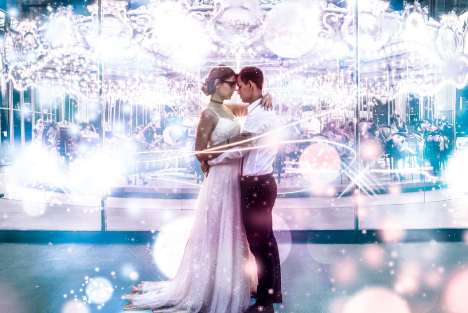 janes-carousel-dumbo-brooklyn-elopement-photo-photoshop-dreamy-magical-edit-suess-moments