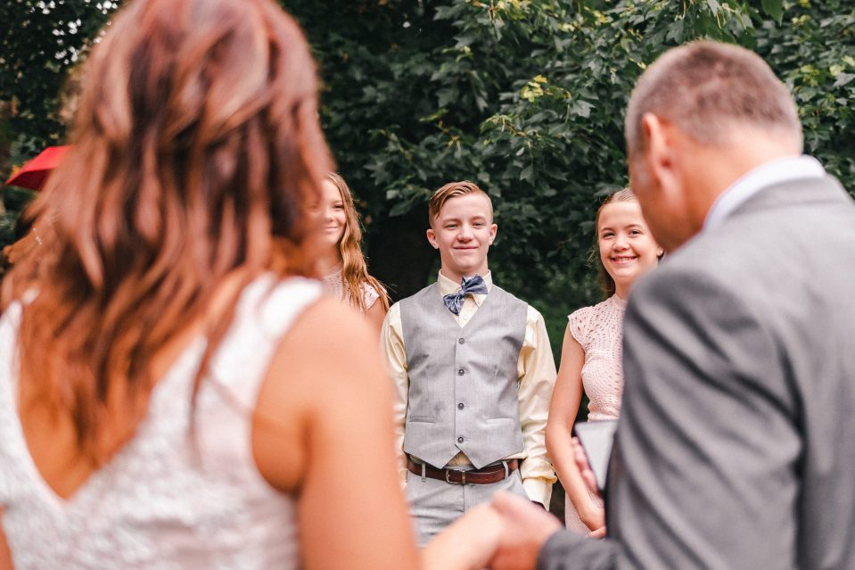 covid-bride-planning-nyc-elopement-gapstow-bridge-central-park-suessmoments