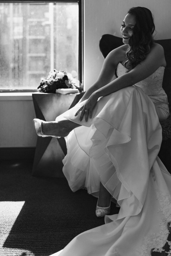 black-and-white-wedding-photos-suessmoments-nyc-photographer