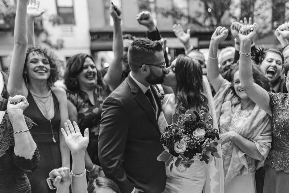 black-and-white-wedding-photo-nyc-photographer-suessmoments