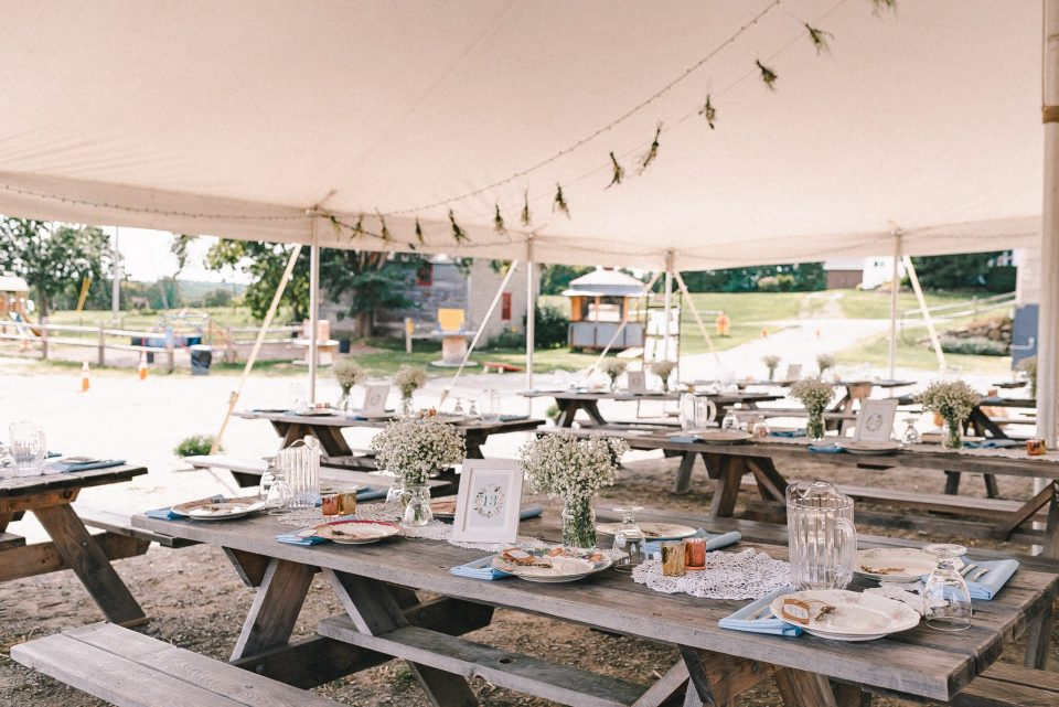 wedding-decor-under-tent-reception-suessmoments
